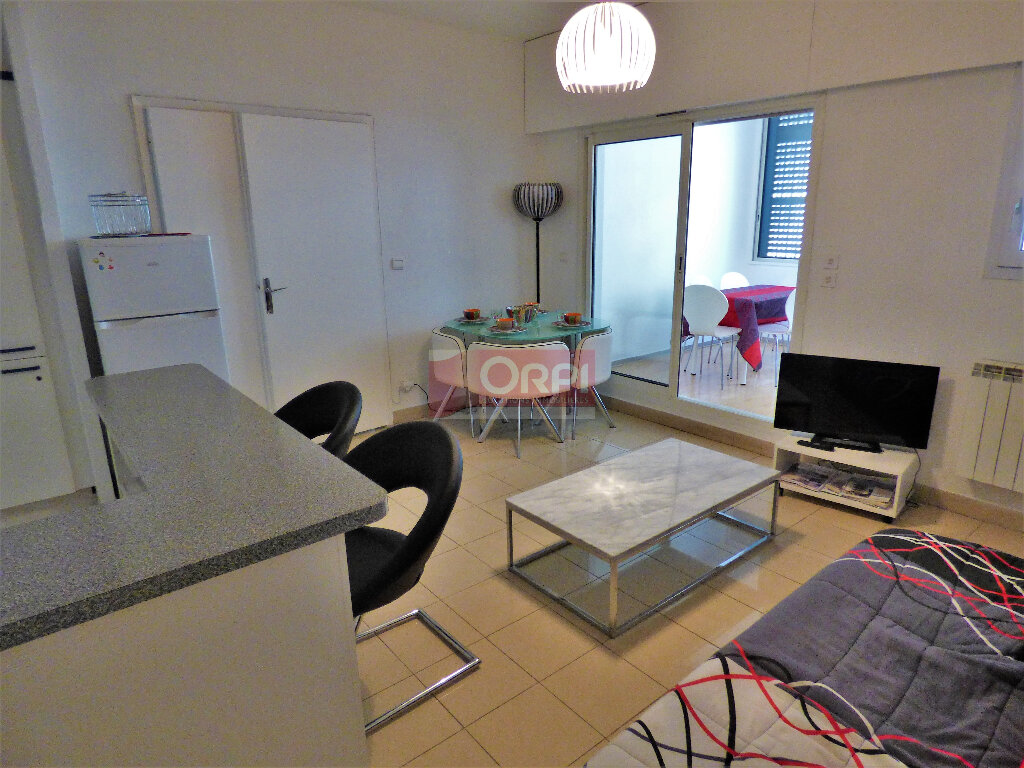 Appartement à vendre 3 72m2 à Fréjus vignette-5