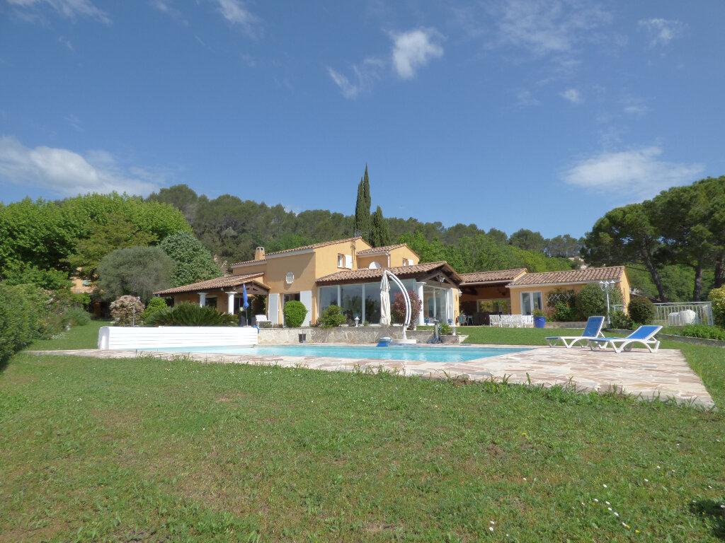 Maison à vendre 6 250m2 à Bagnols-en-Forêt vignette-2