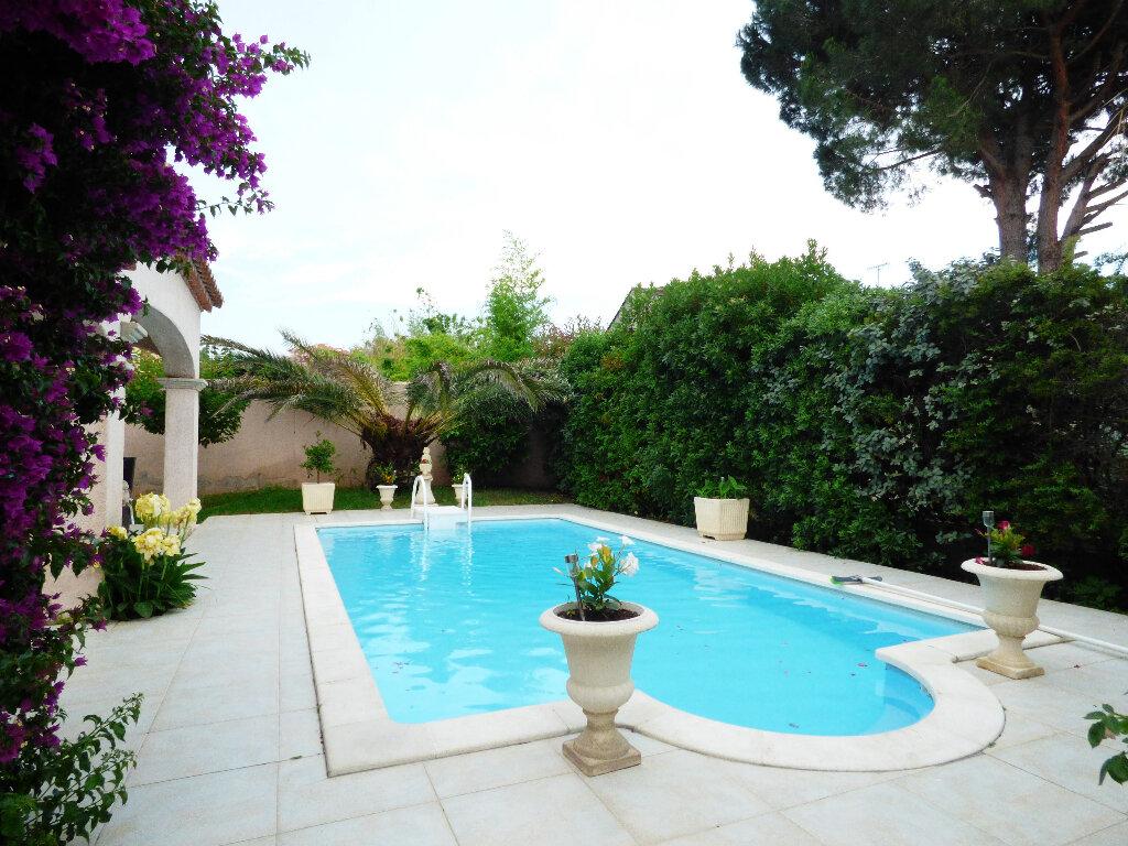 Maison à vendre 5 117m2 à Fréjus vignette-16