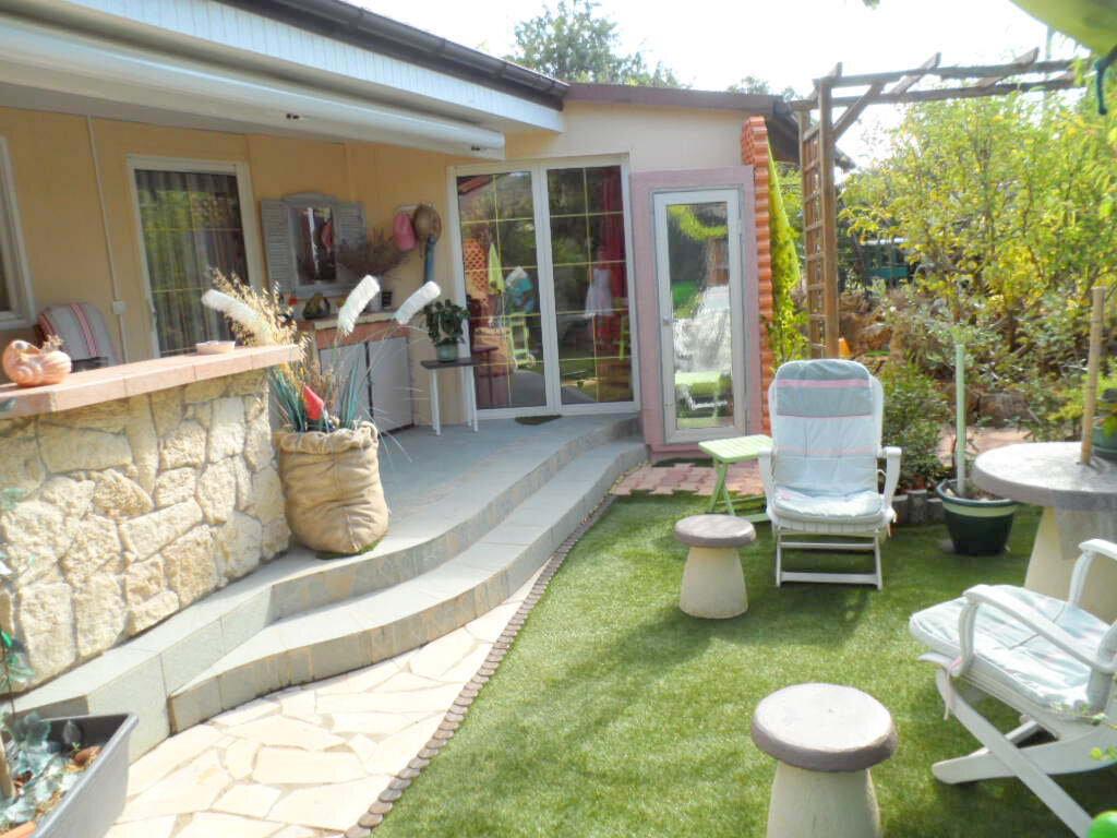 Maison à vendre 3 59.18m2 à Roquebrune-sur-Argens vignette-1