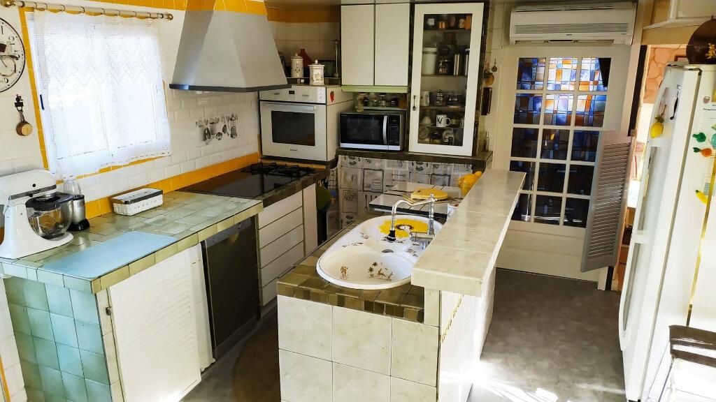 Maison à vendre 3 59.18m2 à Roquebrune-sur-Argens vignette-4
