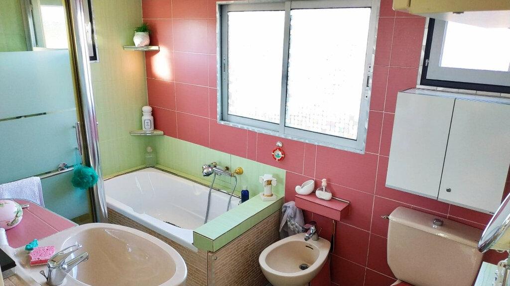 Maison à vendre 3 59.18m2 à Roquebrune-sur-Argens vignette-8
