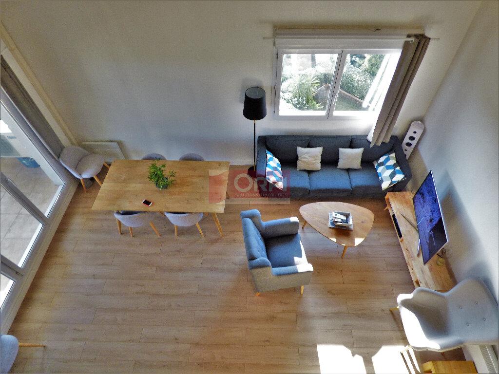 Appartement à vendre 3 74m2 à Fréjus vignette-8
