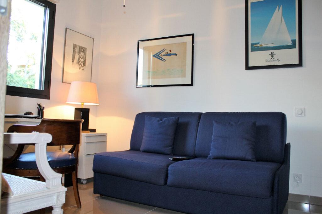 Appartement à vendre 3 58.14m2 à Saint-Raphaël vignette-7