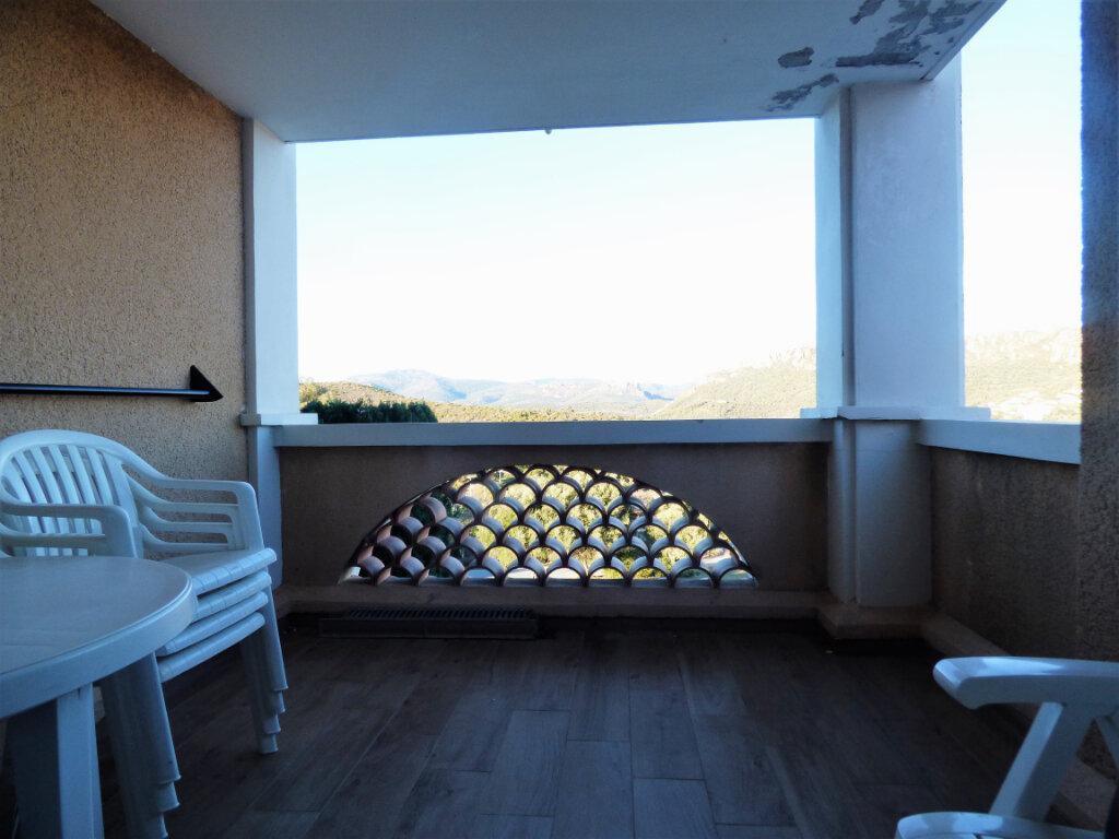 Appartement à vendre 2 28m2 à Saint-Raphaël vignette-5