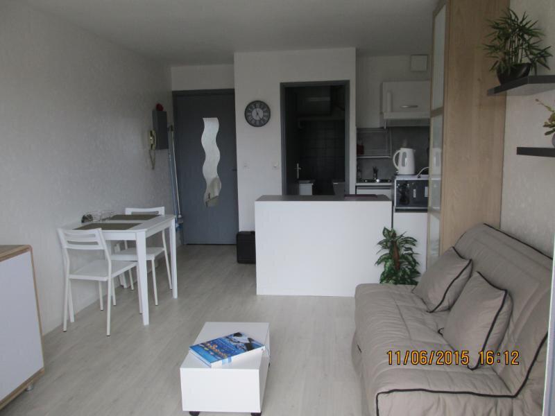 Appartement à vendre 1 21m2 à Fréjus vignette-2
