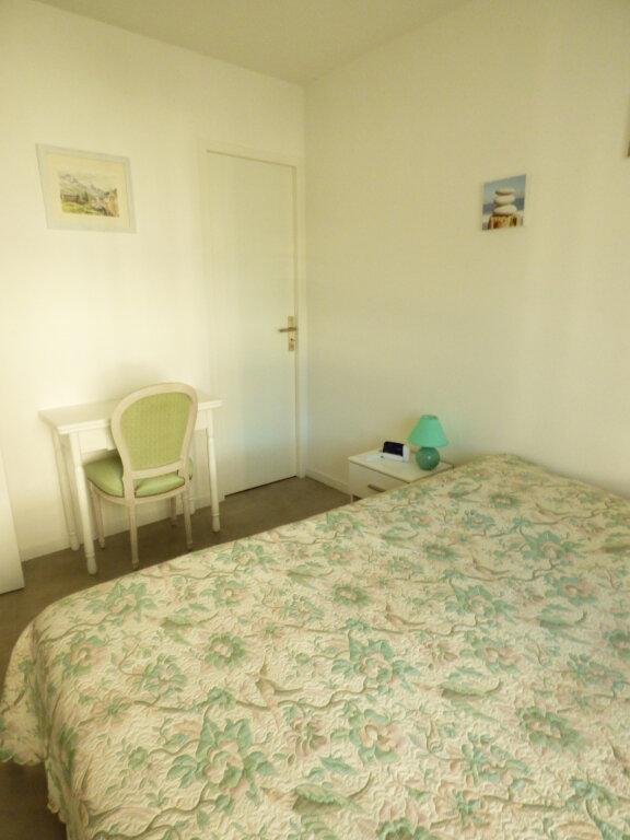 Appartement à vendre 2 53.6m2 à Saint-Raphaël vignette-10