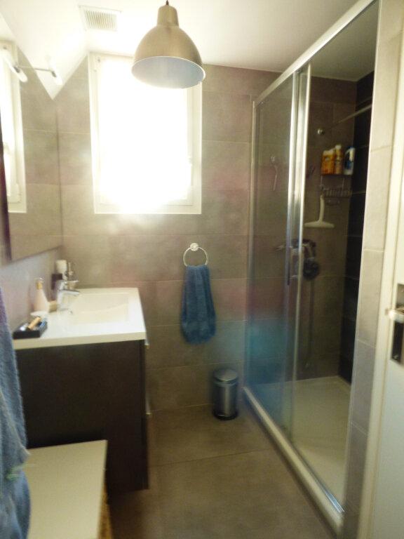 Appartement à vendre 2 53.6m2 à Saint-Raphaël vignette-12
