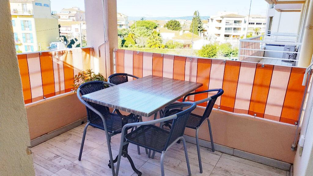 Appartement à vendre 3 57m2 à Fréjus vignette-4