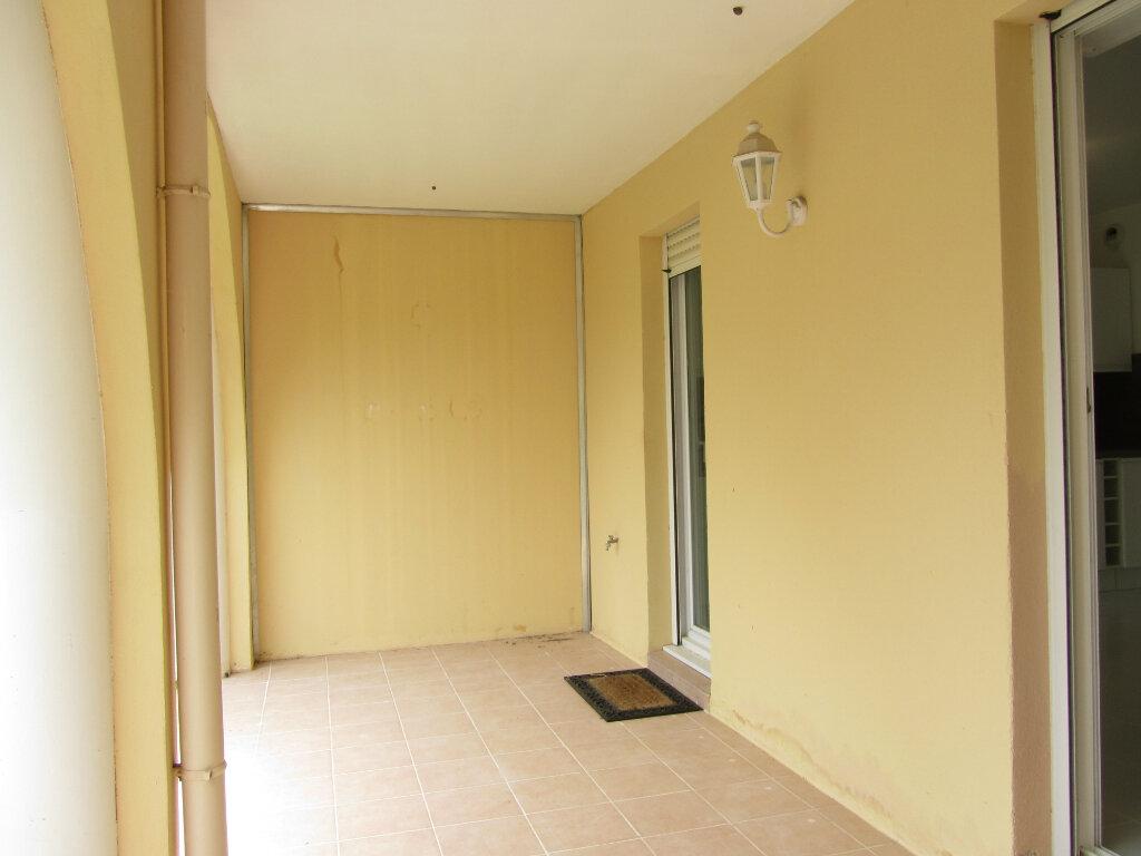 Appartement à vendre 3 53m2 à Saint-Raphaël vignette-4