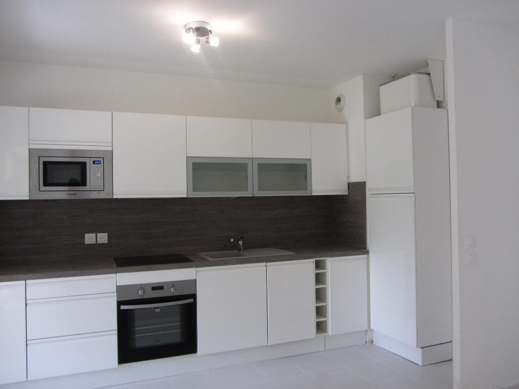 Appartement à vendre 3 53m2 à Saint-Raphaël vignette-6
