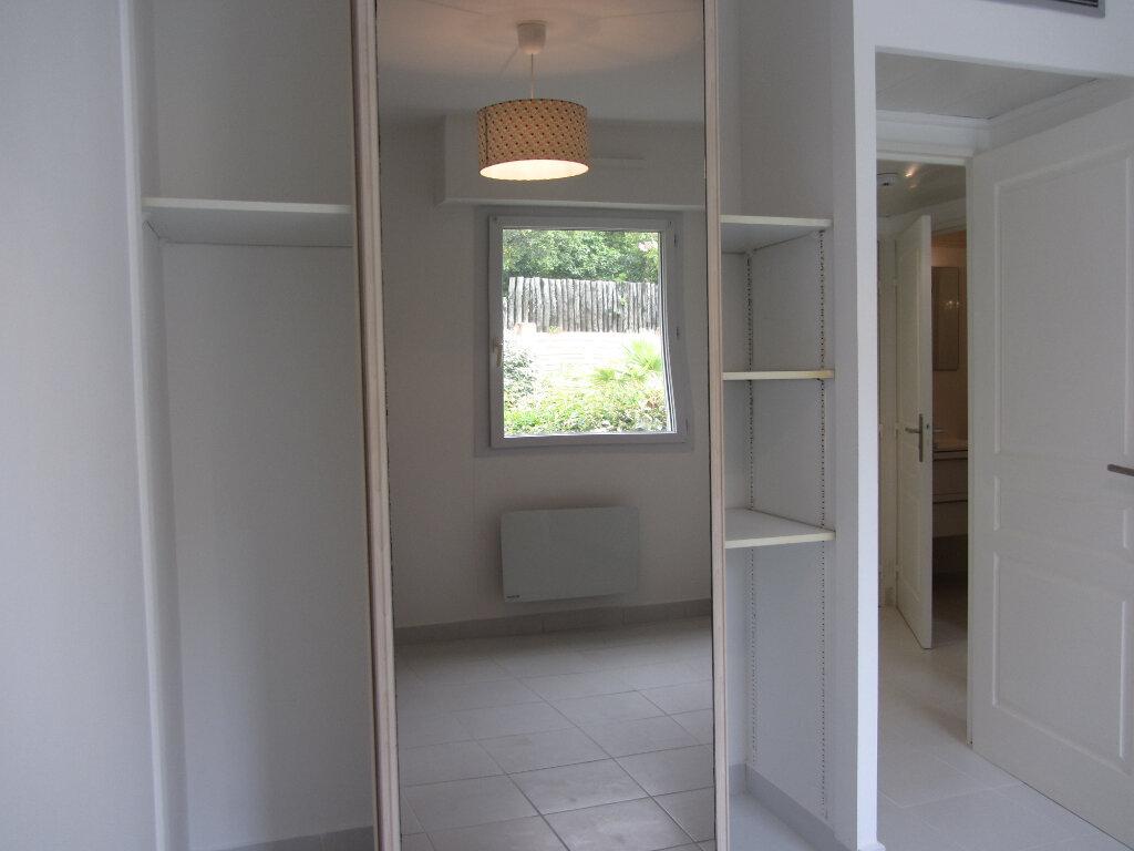 Appartement à vendre 3 53m2 à Saint-Raphaël vignette-11
