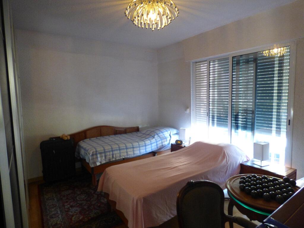 Appartement à vendre 3 74m2 à Fréjus vignette-5