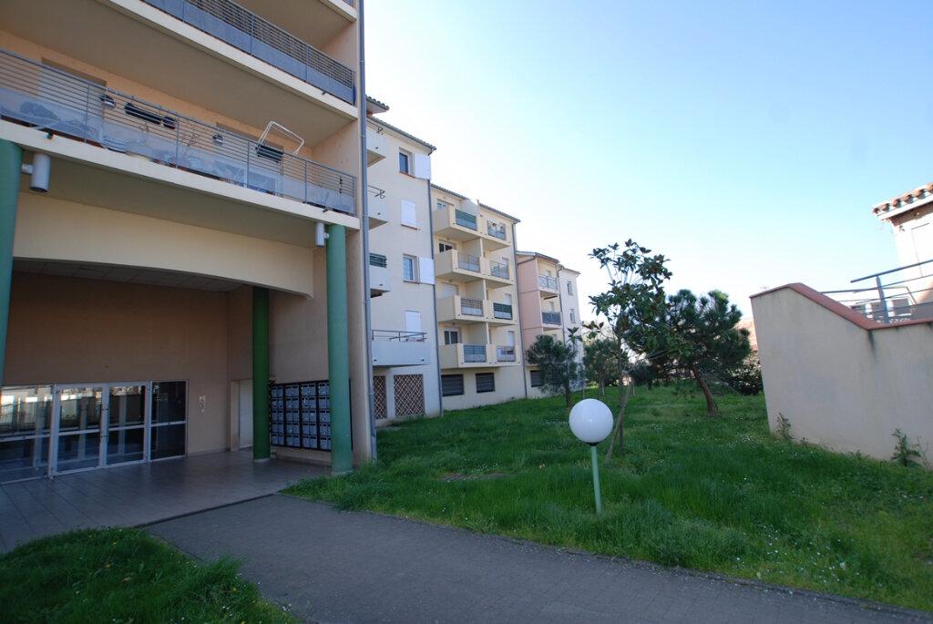 Appartement à louer 2 40m2 à Agen vignette-1
