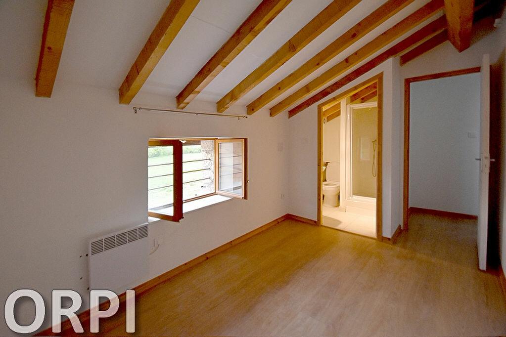 Maison à louer 5 75m2 à Saint-Hilaire-de-Lusignan vignette-12