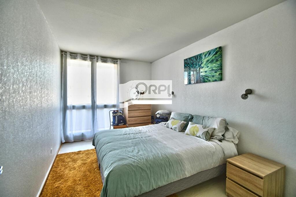 Appartement à louer 3 83.24m2 à Agen vignette-2