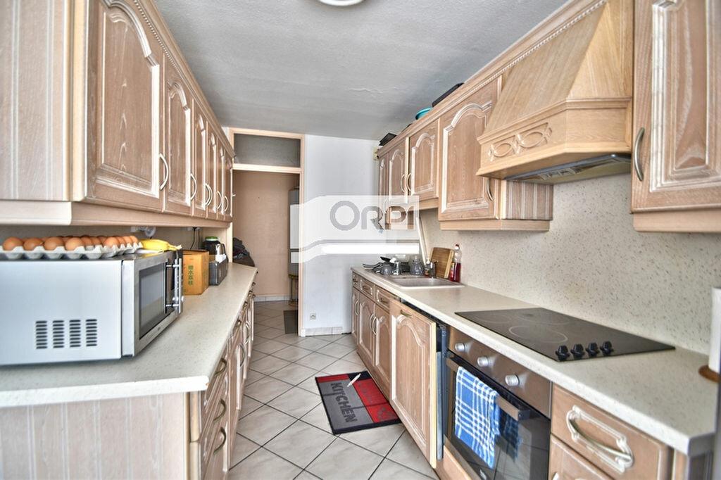 Appartement à louer 3 83.24m2 à Agen vignette-3