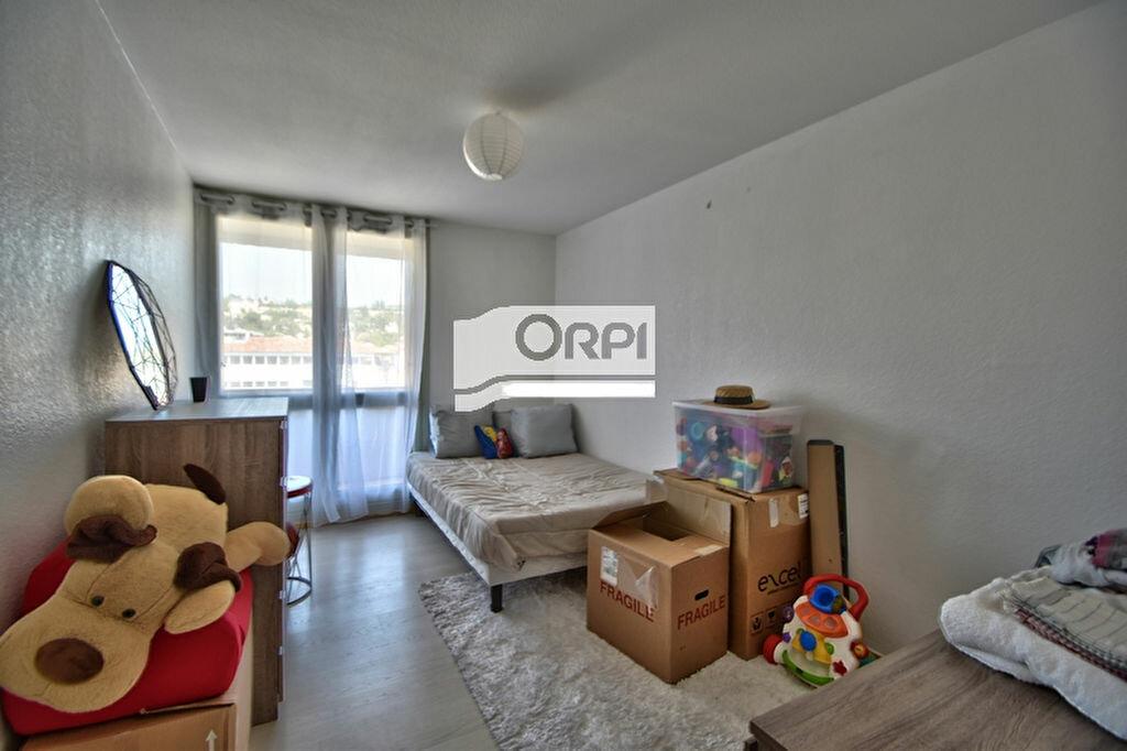Appartement à louer 3 83.24m2 à Agen vignette-8