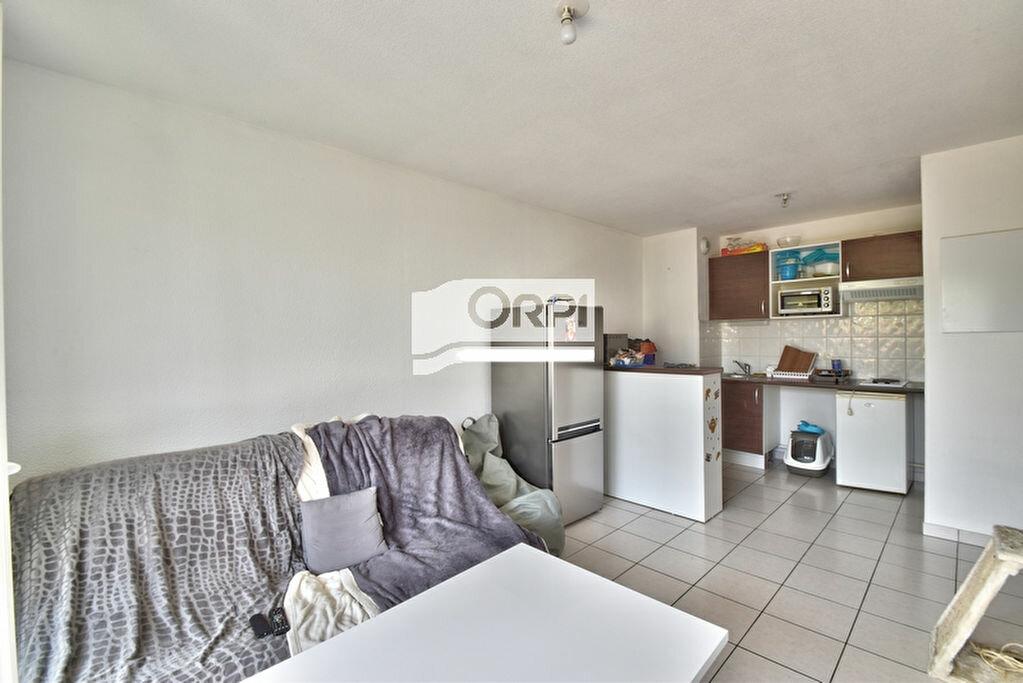 Appartement à louer 2 37m2 à Agen vignette-3
