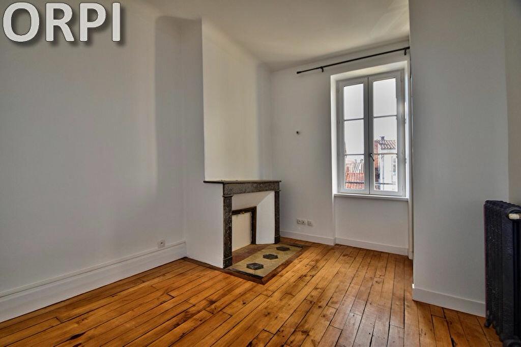 Appartement à louer 4 78.78m2 à Agen vignette-4