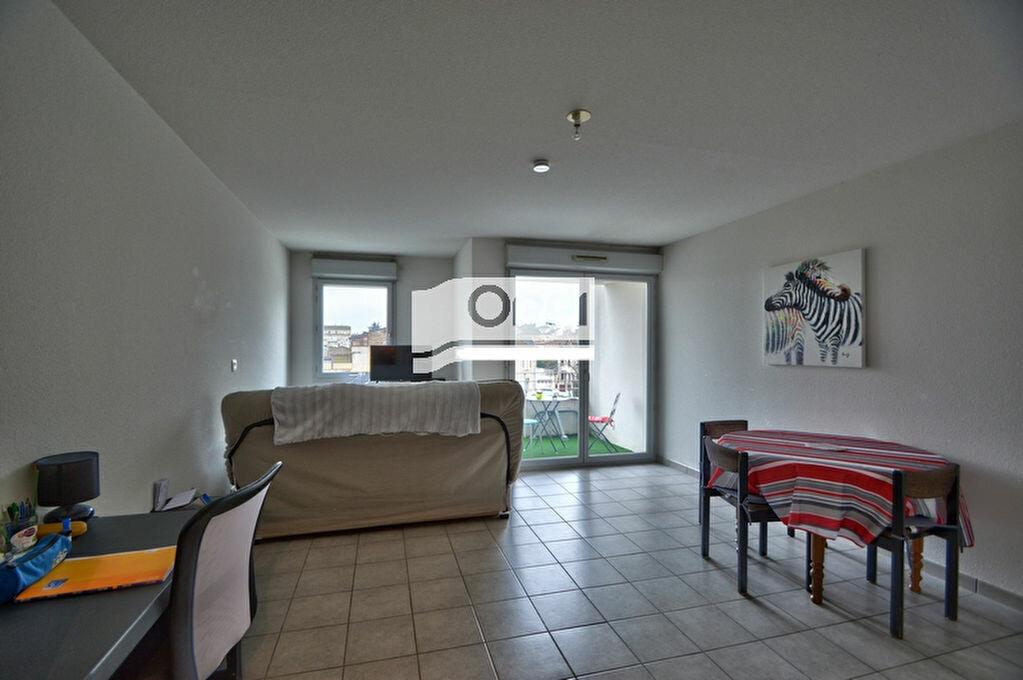Appartement à louer 1 32m2 à Agen vignette-1