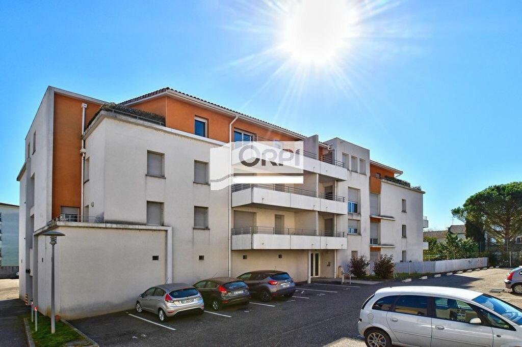 Appartement à louer 1 32m2 à Agen vignette-5