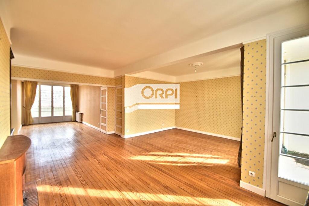 Appartement à vendre 5 121m2 à Agen vignette-1