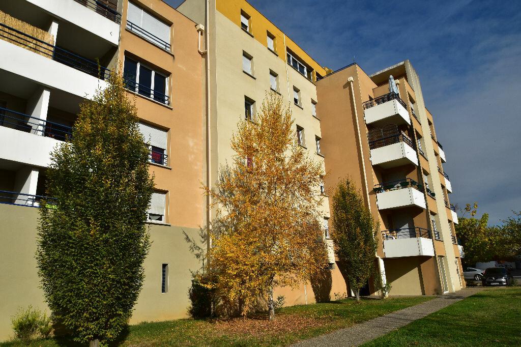 Appartement à louer 2 38m2 à Agen vignette-4
