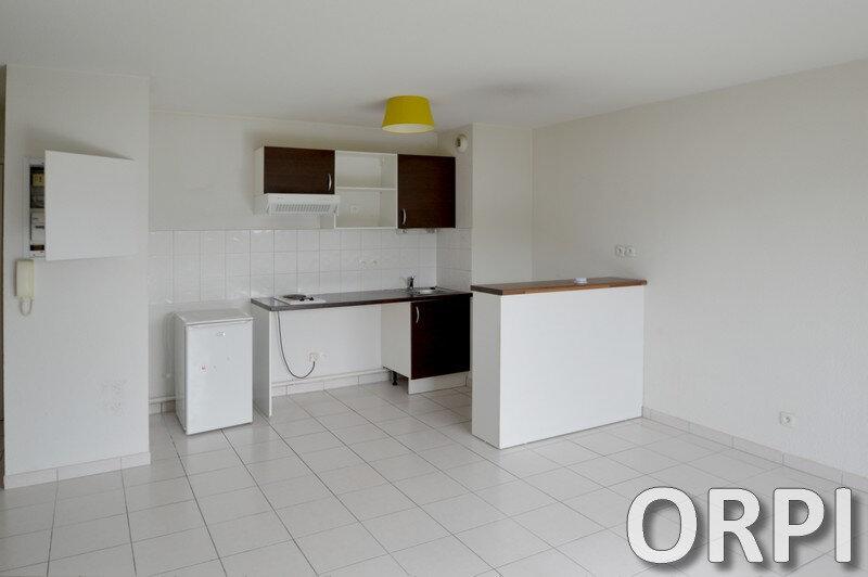Appartement à louer 2 43m2 à Estillac vignette-1