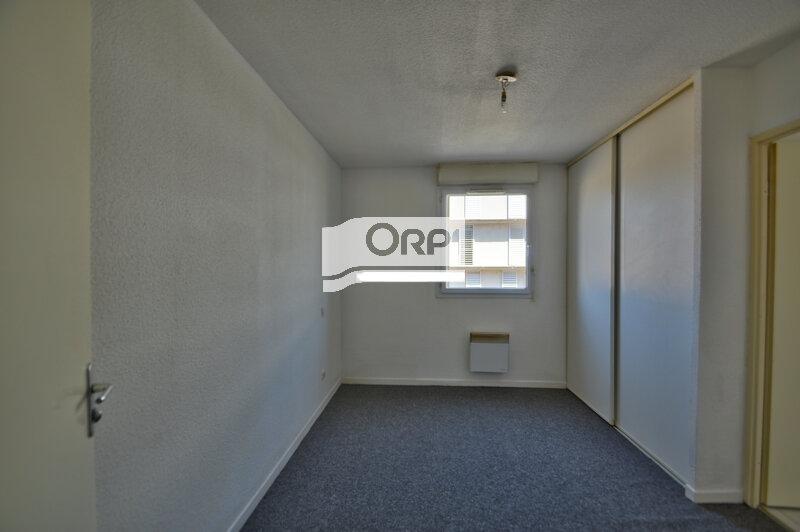 Appartement à louer 2 37m2 à Agen vignette-4
