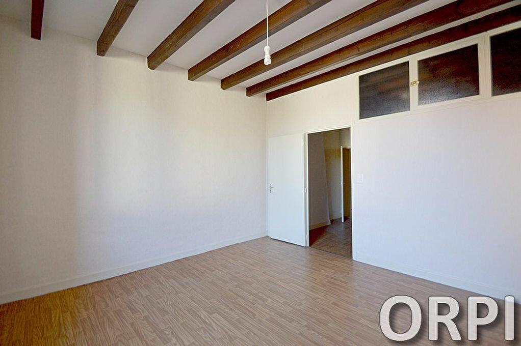 Appartement à louer 3 66m2 à Agen vignette-2