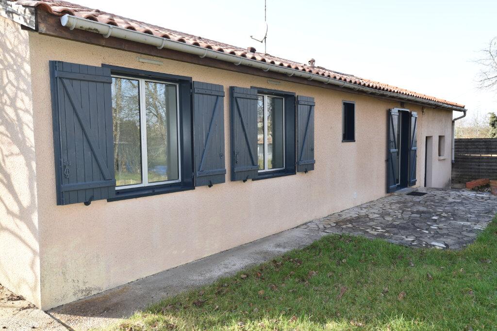 Maison à louer 5 95m2 à Laroque-Timbaut vignette-1