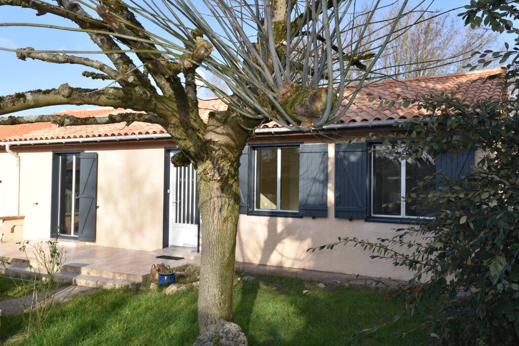 Maison à louer 5 95m2 à Laroque-Timbaut vignette-11