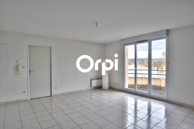 Appartement à louer 3 59.6m2 à Lafox vignette-1