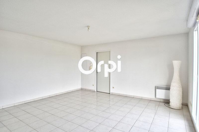 Appartement à louer 3 59.6m2 à Lafox vignette-3