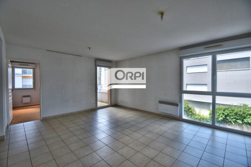 Appartement à louer 4 73m2 à Agen vignette-1