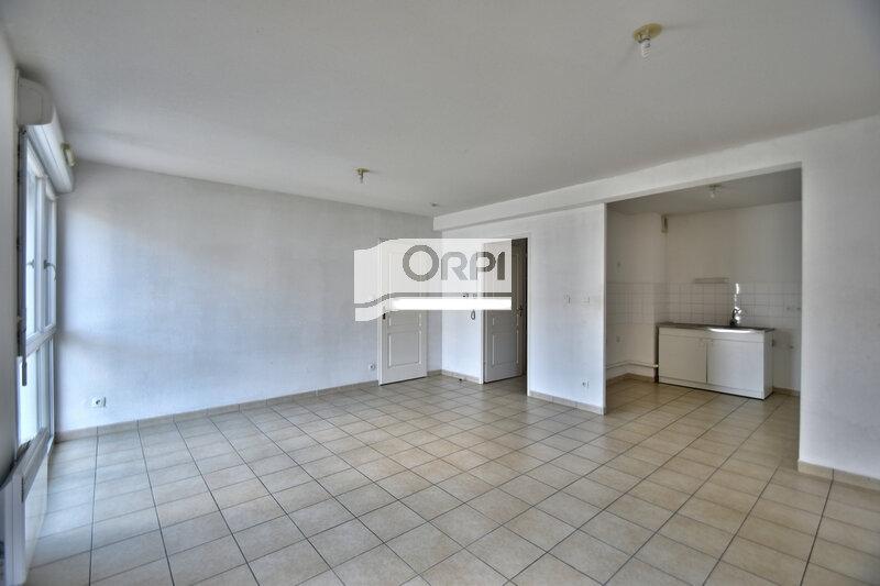 Appartement à louer 4 73m2 à Agen vignette-2