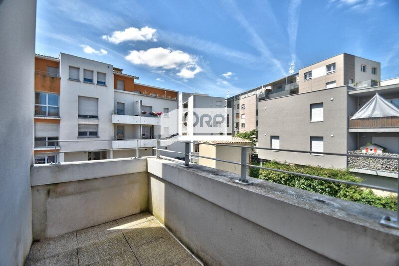 Appartement à louer 4 73m2 à Agen vignette-9