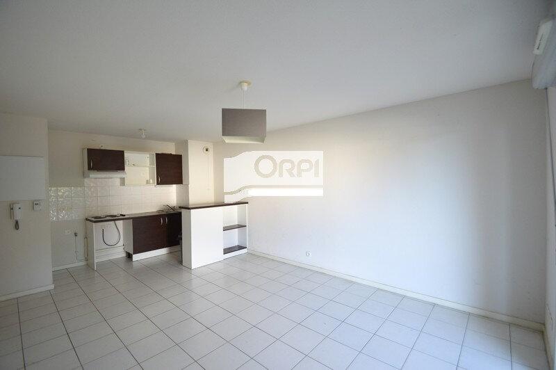 Appartement à louer 3 59.2m2 à Agen vignette-1