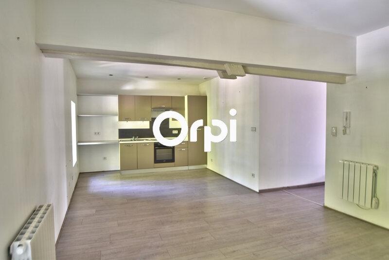 Appartement à louer 4 69.17m2 à Agen vignette-2