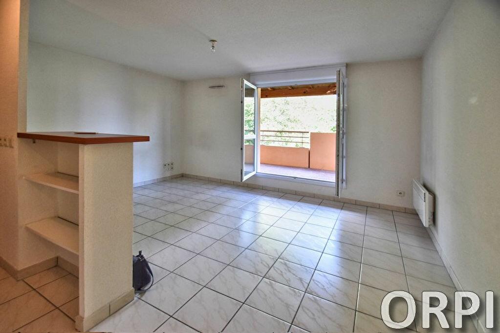 Appartement à louer 3 54.88m2 à Agen vignette-10