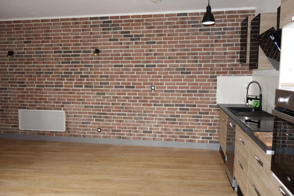 Appartement à louer 3 84.04m2 à Pézenas vignette-3