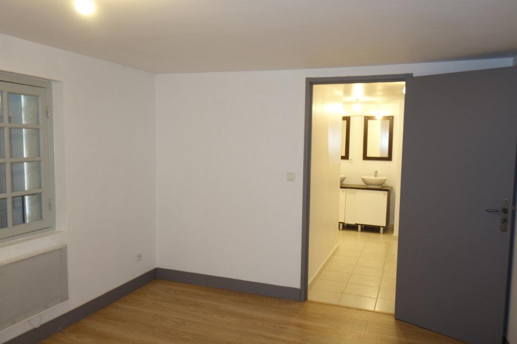 Appartement à louer 3 84.04m2 à Pézenas vignette-5