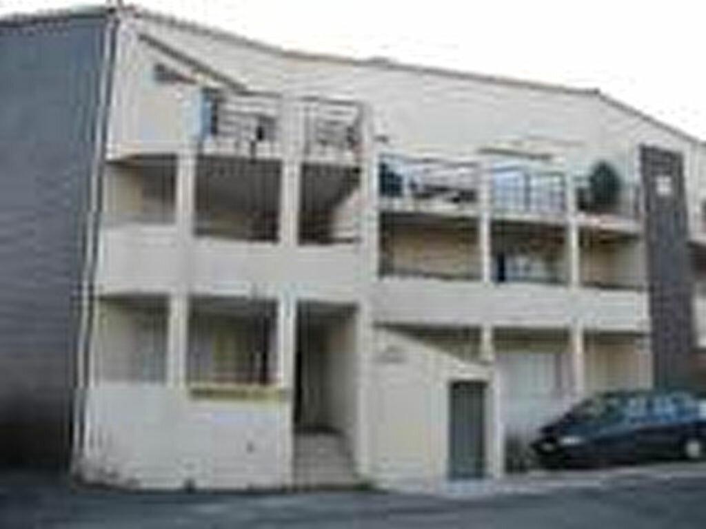 Appartement à louer 2 47m2 à Pézenas vignette-3