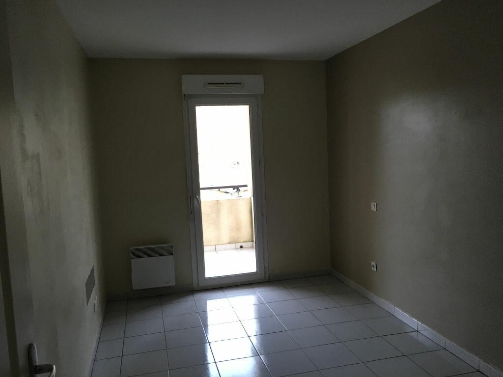 Appartement à louer 2 47m2 à Pézenas vignette-7