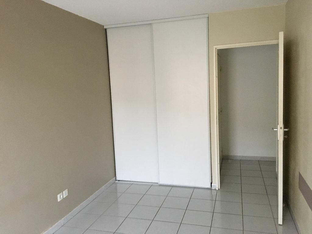 Appartement à louer 2 47m2 à Pézenas vignette-8