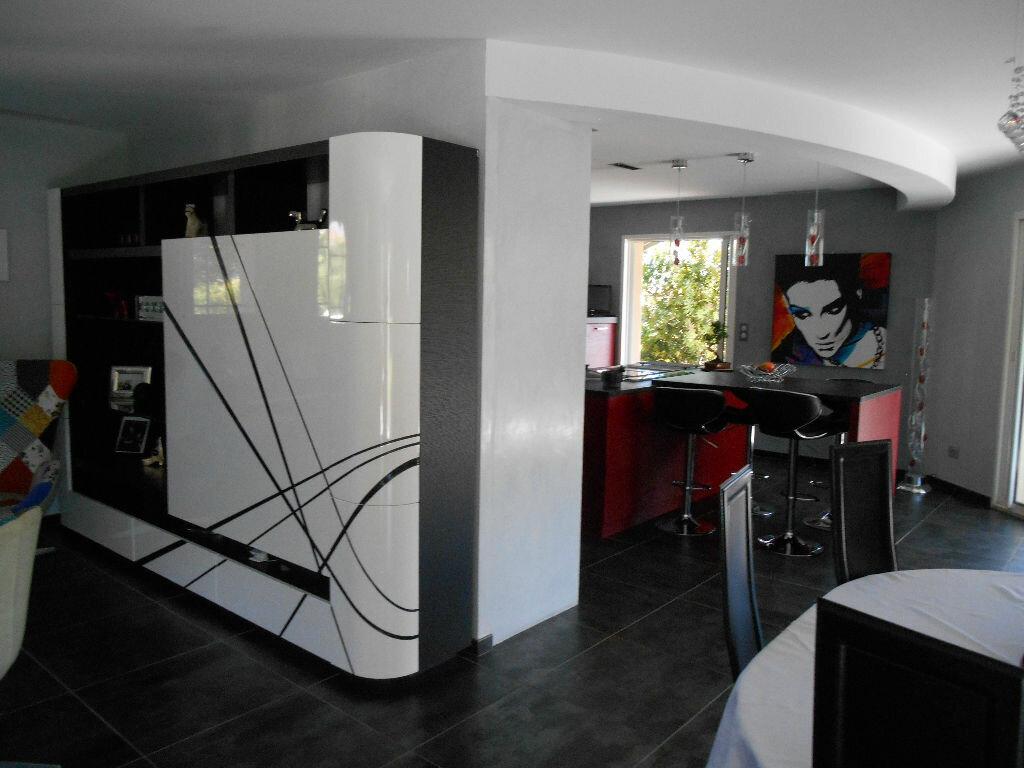 Maison à vendre 5 166m2 à Tourbes vignette-18