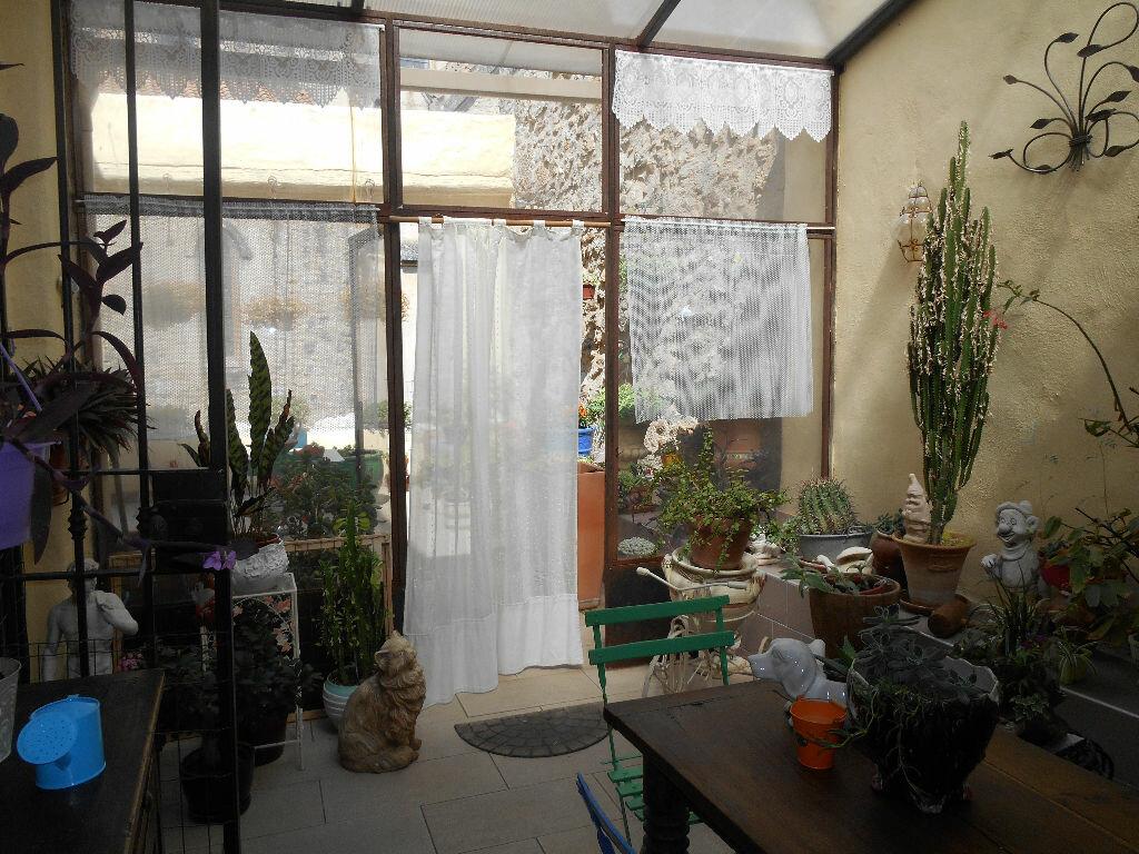 Maison à vendre 10 318m2 à Saint-André-de-Sangonis vignette-1