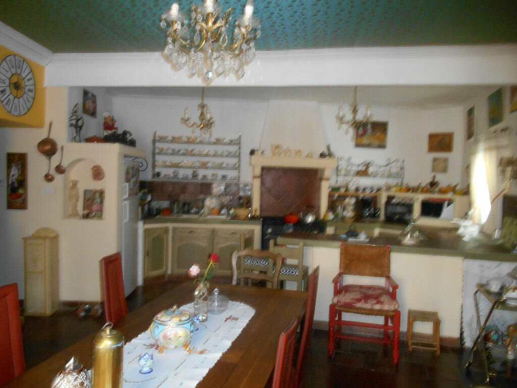 Maison à vendre 10 318m2 à Saint-André-de-Sangonis vignette-3