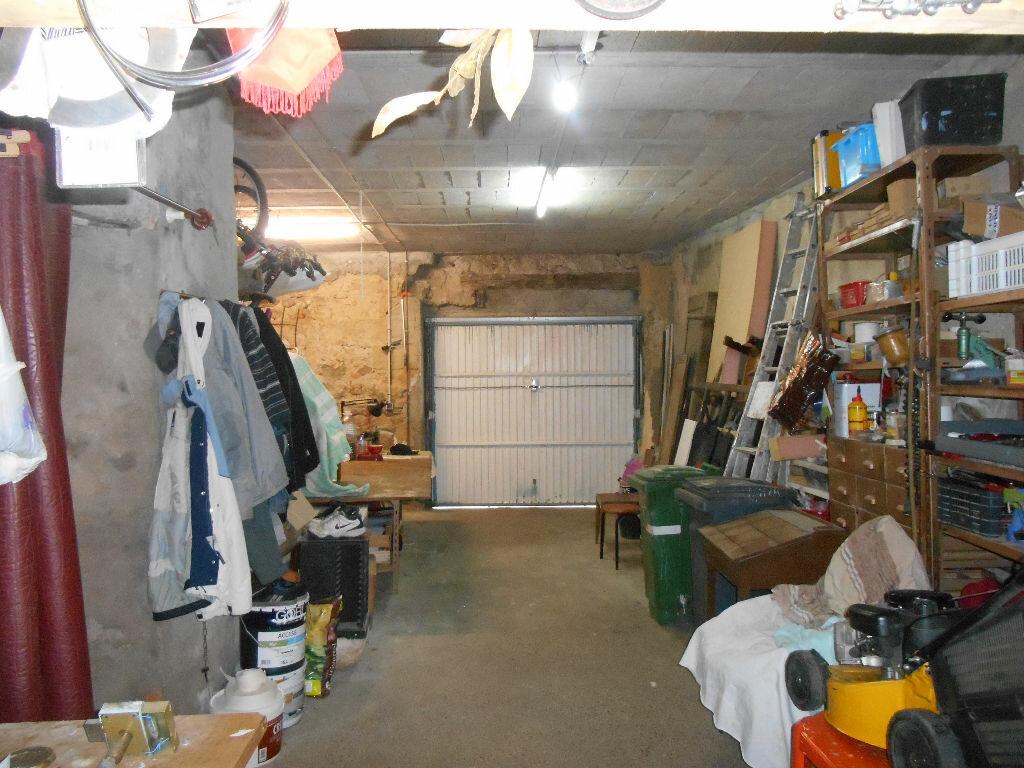 Maison à vendre 10 318m2 à Saint-André-de-Sangonis vignette-9